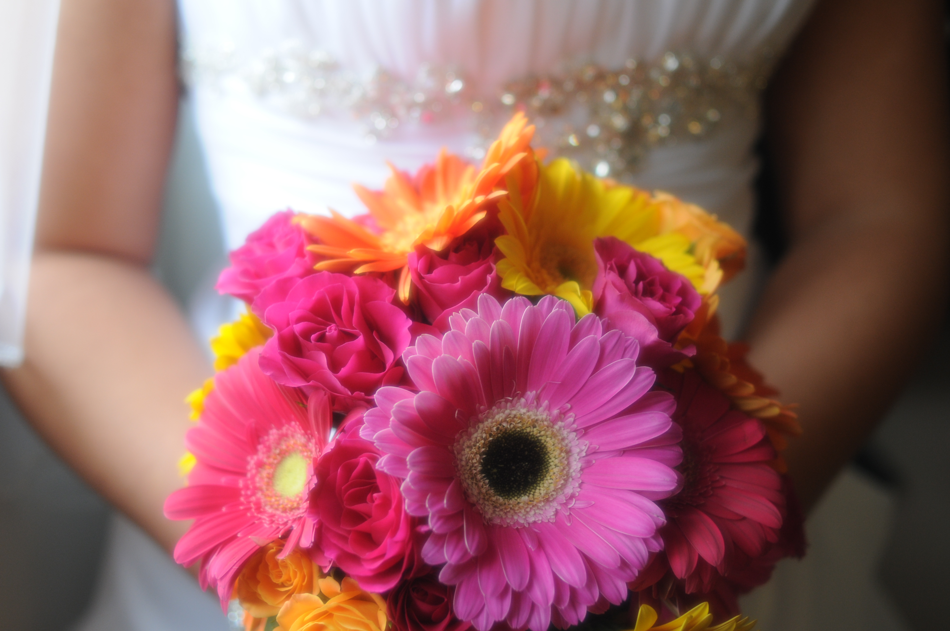 Wedding Bouquet Of Gerbera Daisies : Gerbera daisy bridal bouquet blossom basket