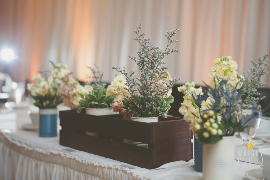 Garden Texture with Muted Colors Centerpiece