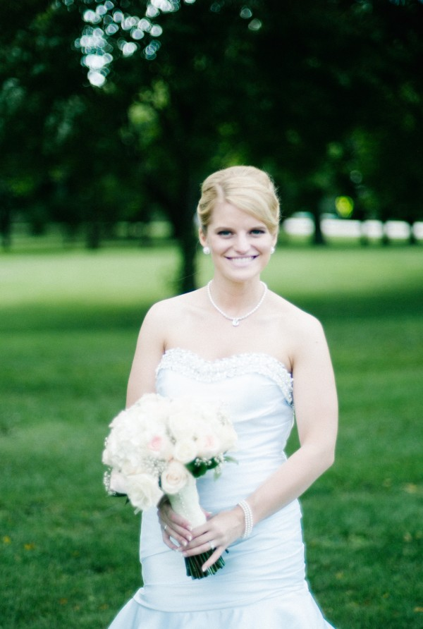White with blush bridal bouquet