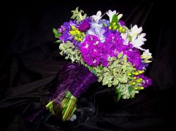 Large Handtied Bridal Bouquet in Shades of Purple
