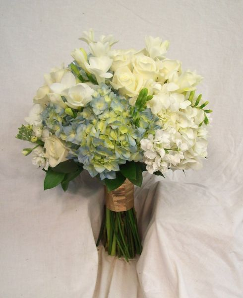 Cool Weather Wedding Flowers: Central Illinois Wedding Flowers In Blues, Greens, And Purples