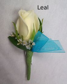 Leal Boutonniere