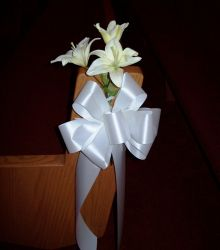Pew Bows with White Lilies