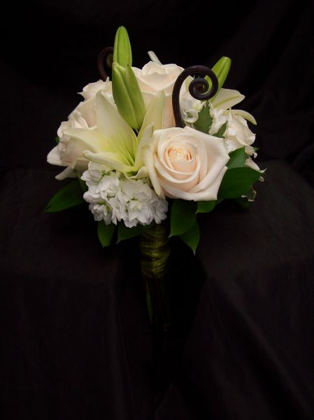 flowers for a wedding wedded whites blossom basket florist 4259