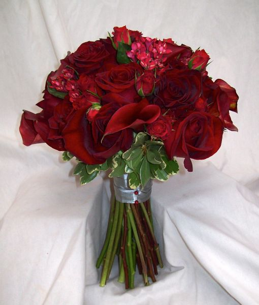 Red Wedding Flowers: Real Wedding Bouquets