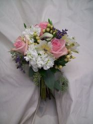 Wedding Flowers in Shades of Pink