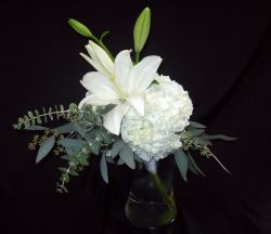 Freeform Handtied - Hydrangea and Lilies